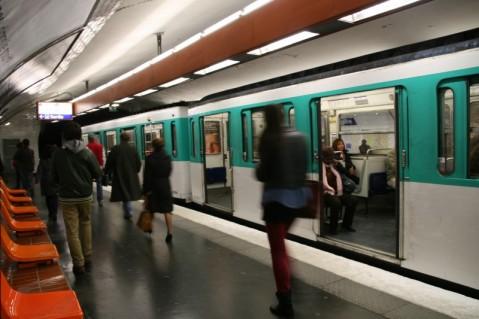 Paris(パリ)の地下鉄
